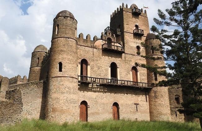 טירות פאסילידס במתחם המלכותי פאסיל גמב שבעיר גונדר אתיופיה