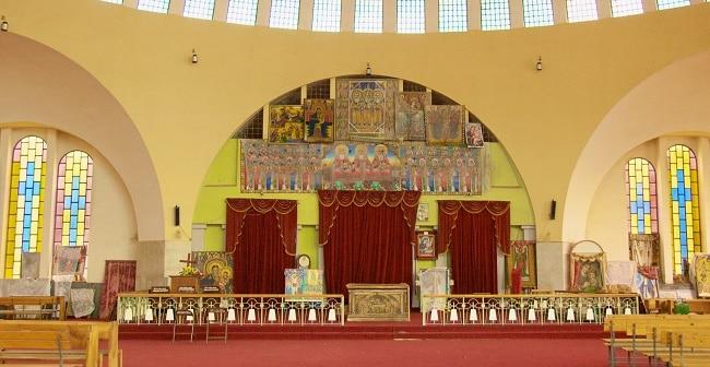 פנים כנסיית גבירתנו מרים מציון, אקסום, אתיופיה