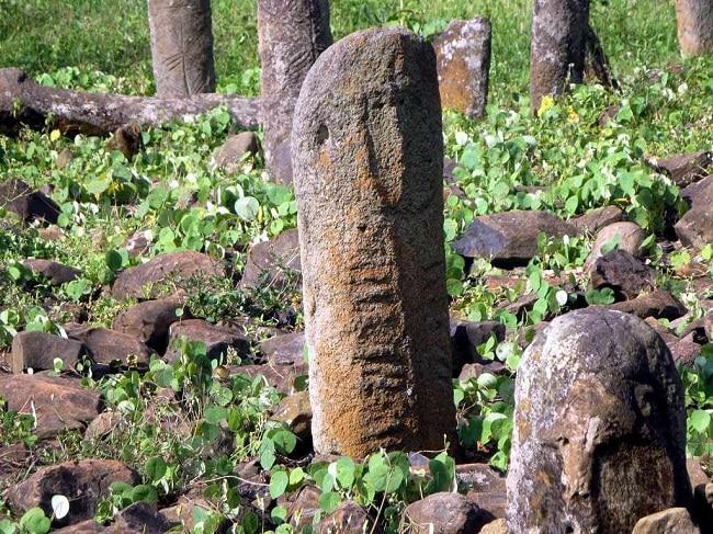 פסלים בשדה המגליטים Tutu Fella