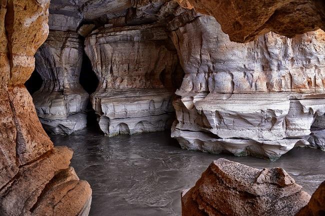 נהר תת קרקעי זורם - מערות סוף עומר שבאתיופיה