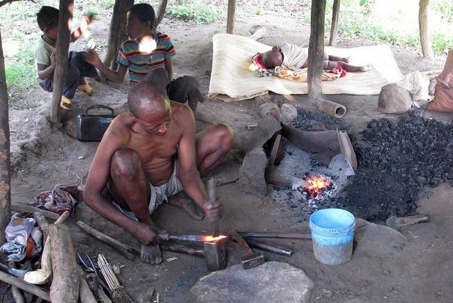 נפח בן שבט ארי - דרום אומו אתיופיה