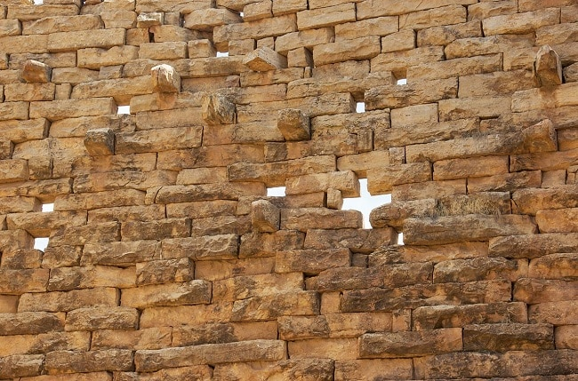 קיר ארמון Grat Beal Gebri או Great Ba'al Guebry