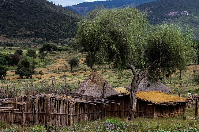 כפר טיפוסי של בני שבט הבורונה