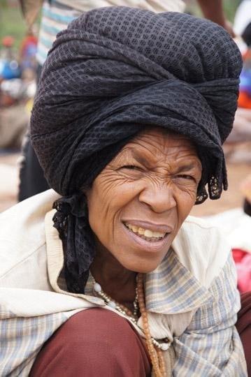 אשה מבני הגוראגה קבנה בכפר הוואריאט וורדה