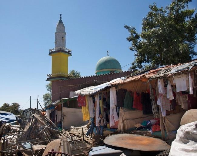 יש מסגד בכל פינת רחוב בהראר